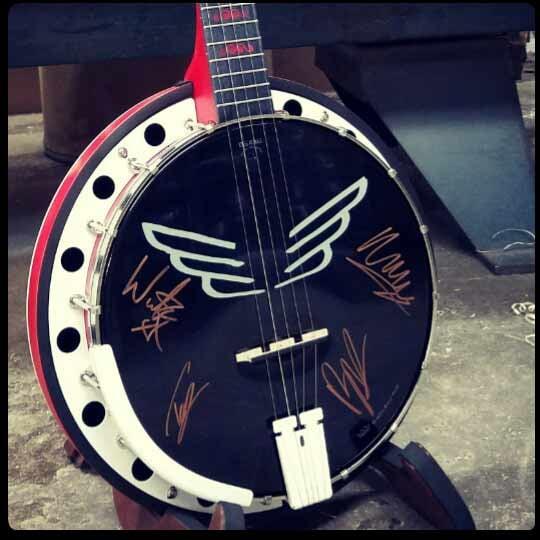 Cali-banjo-photo-grid-head