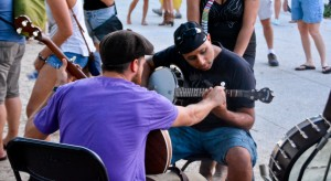 Vinnie giving a lesson at the St. Augustine, Florida Stopover. He only recently started picking up the 5-string banjo as a guitar player, a fact that made teaching banjo basics to fellow guitar players pretty easy.