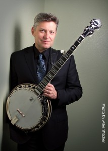 Eric Gibson with his Deering Tenbrooks Legacy Banjo