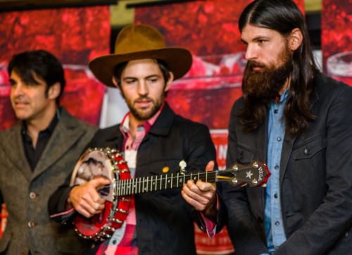 Scott Avett with the Deering Legendary Giveback II Senator Banjo