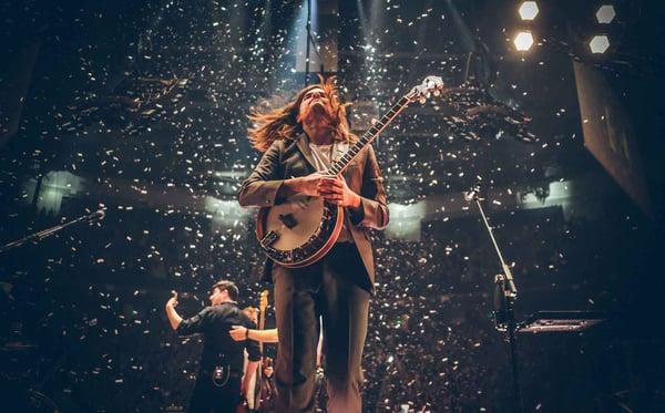 Winston Marshall live with his Deering banjo